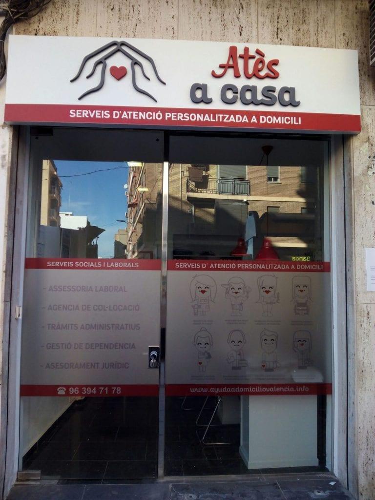 Servicio de empleadas domesticas, cuidado de niños y ancianos a domicilio en Valencia