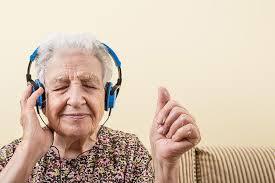 juegos cognitivos y actividades de musicoterapia para mayores