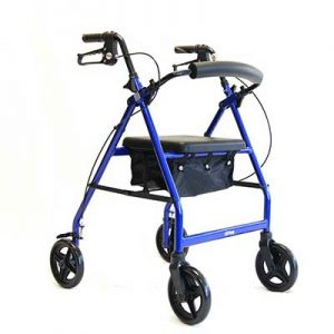 andador de cuatro ruedas para personas mayores.